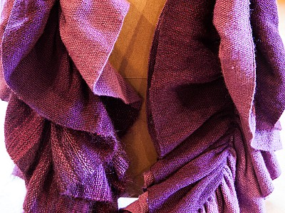 Ruffled Scarf handwoven by Emi Ito